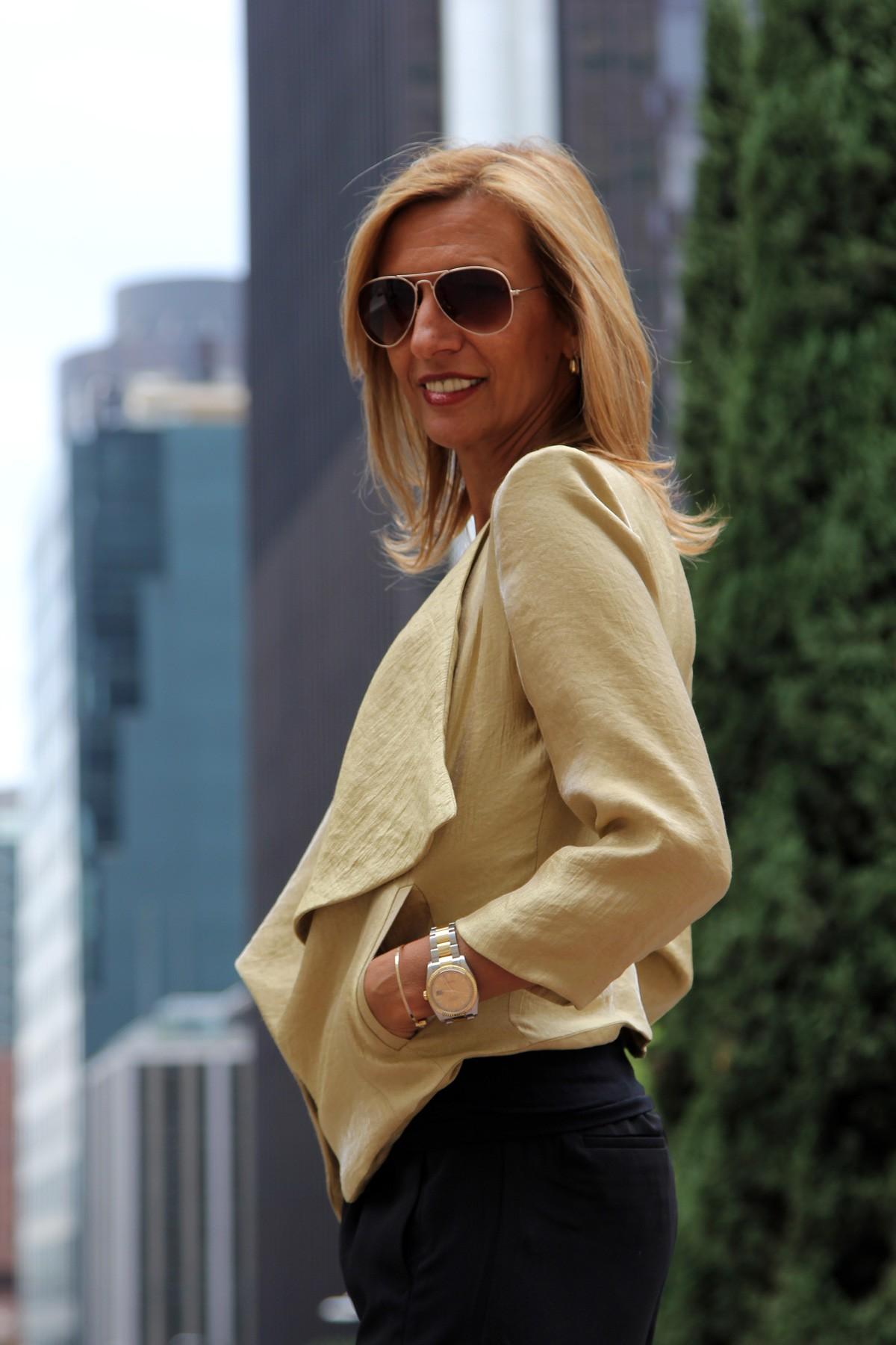 visiting-downtown-los-angeles-wearing-my-soleil-jacket-www.jacketsociety.com(5)
