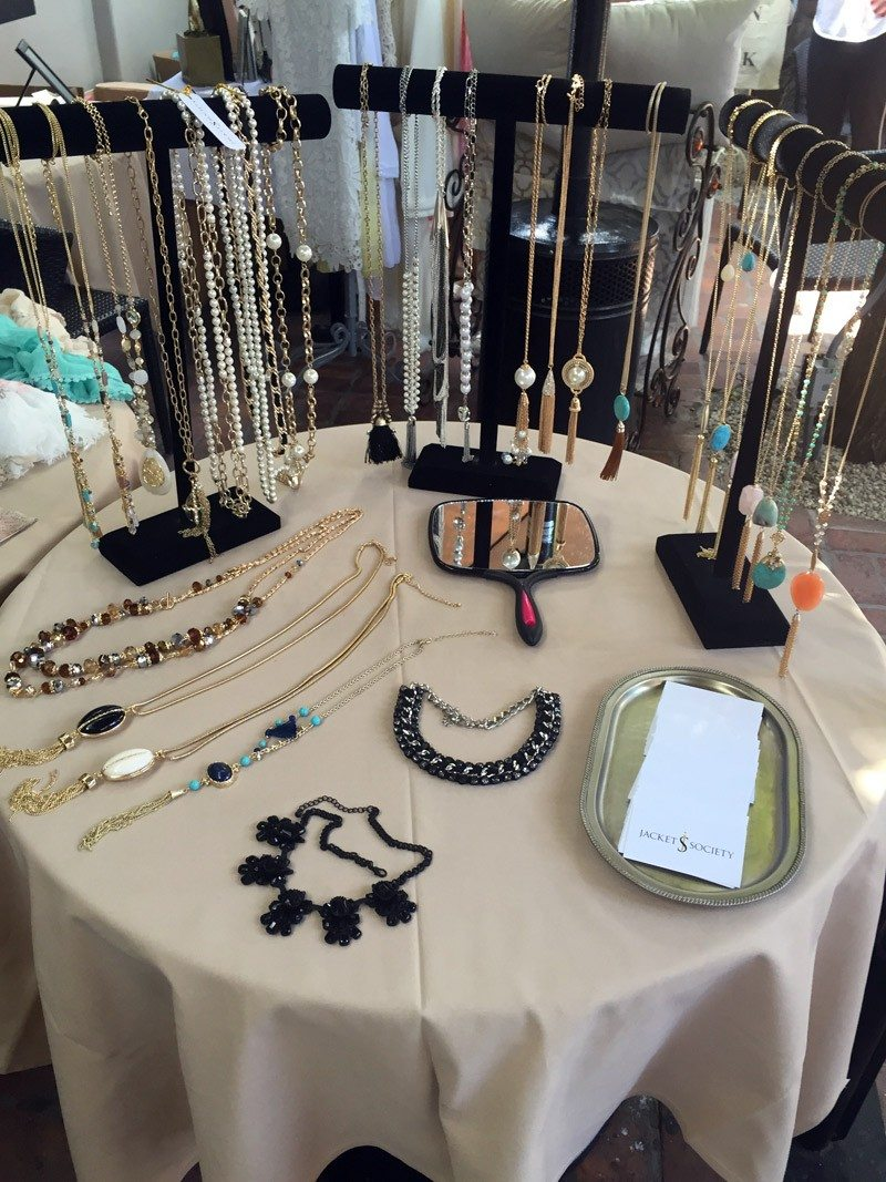 Jacket_Society_Mothers_Day_Trunk_Show_At_Ca_De_Sole_Restaurant_4103