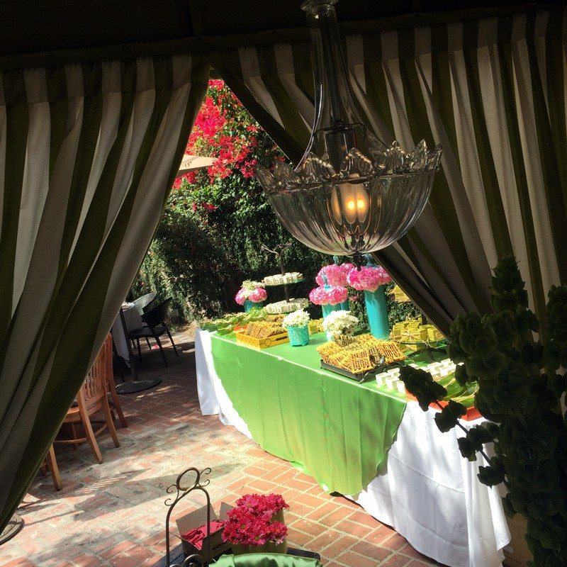 Jacket_Society_Mothers_Day_Trunk_Show_At_Ca_De_Sole_Restaurant_5337