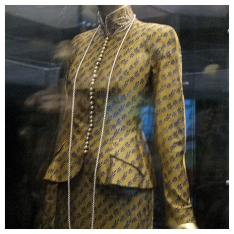 Jacket-Society-MET-Exhibit-China-Through-The-Looking-Glass (10)