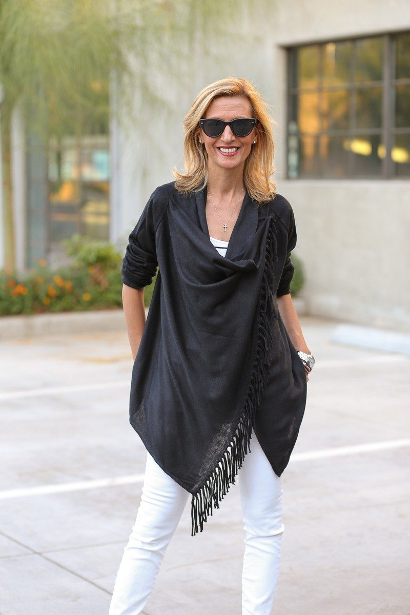 Jacket-Society-Black And White Is Always Chic-0087
