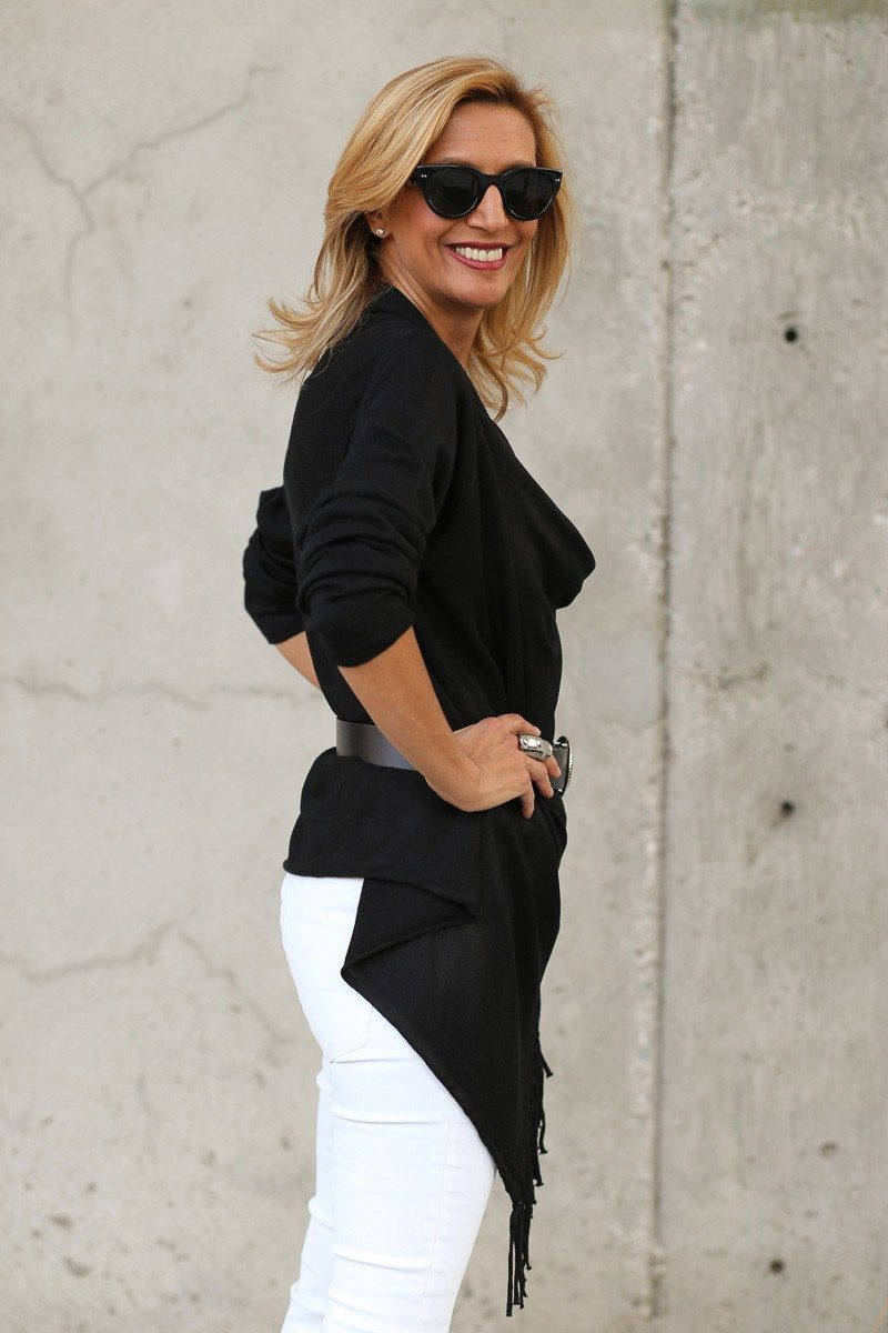 Jacket-Society-Black And White Is Always Chic-0112