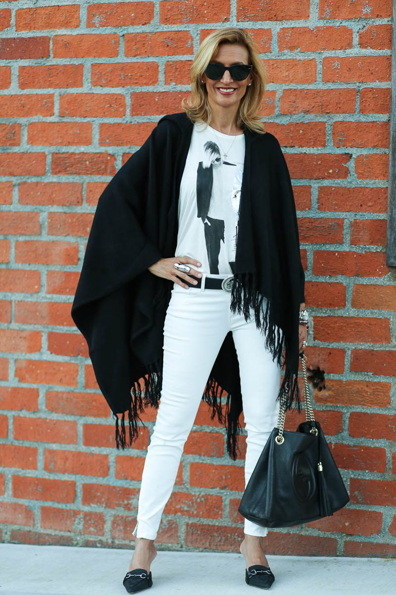 Jacket-Society-Black And White Is Always Chic-0150