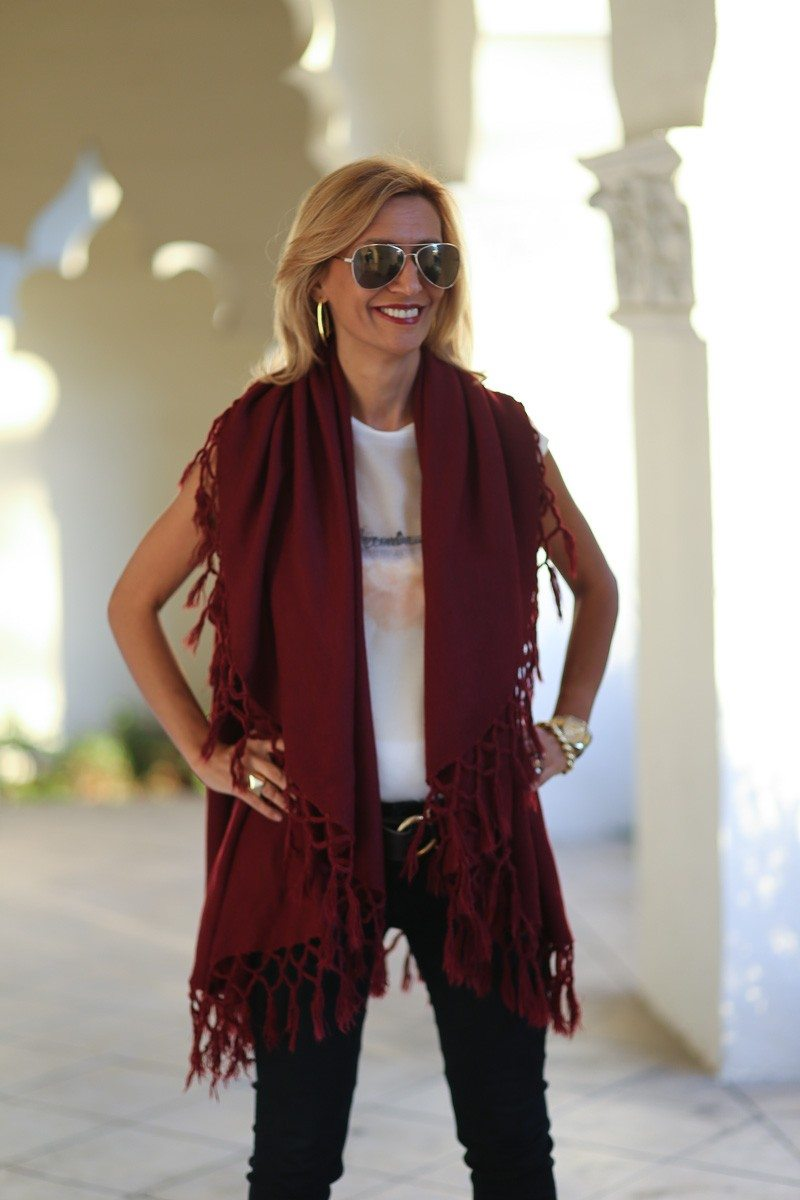 Jacket-Society-Our_Fun_Cape_Vests_In_Three_Colors-0381