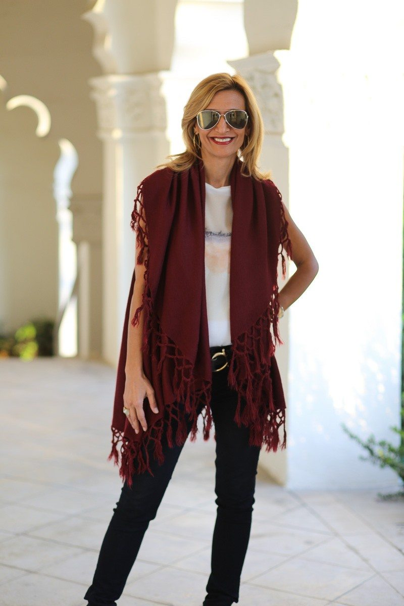 Jacket-Society-Our_Fun_Cape_Vests_In_Three_Colors-0384