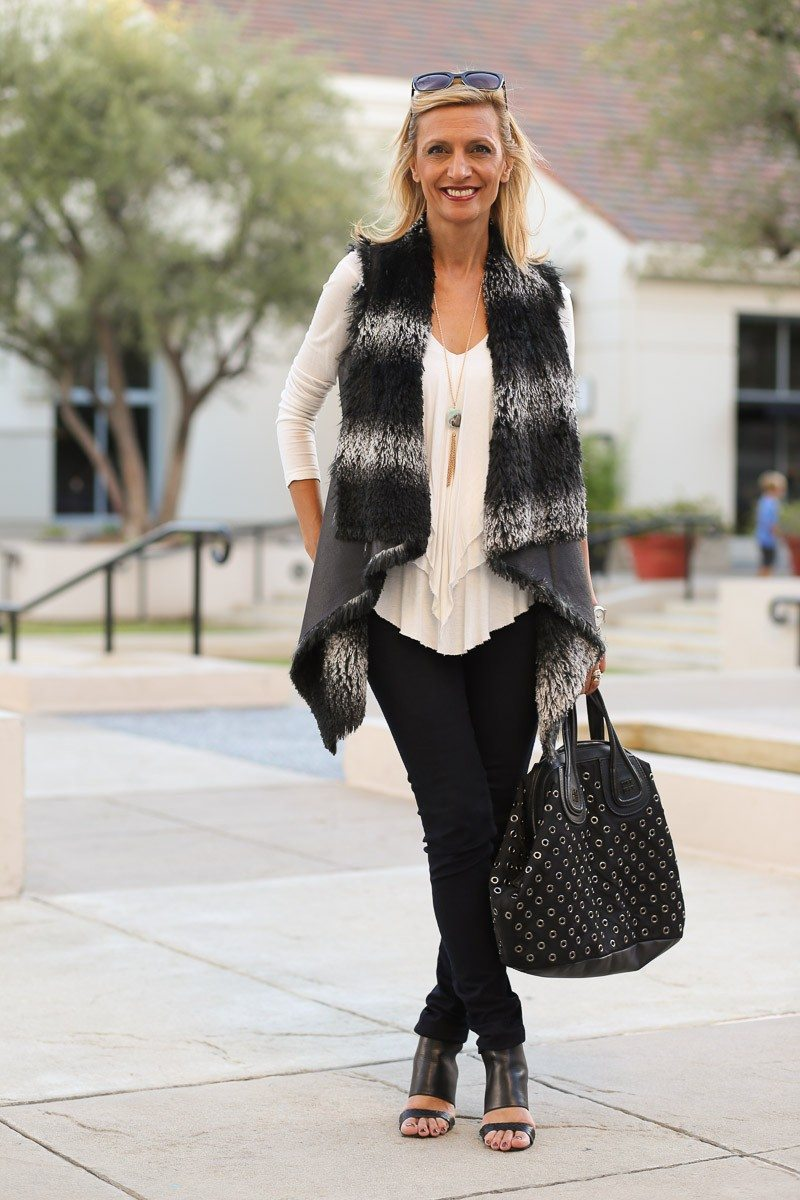 Jacket-Society-Take-A-Look-At-Our-Faux-Leather-And-Fur-Vest-9686