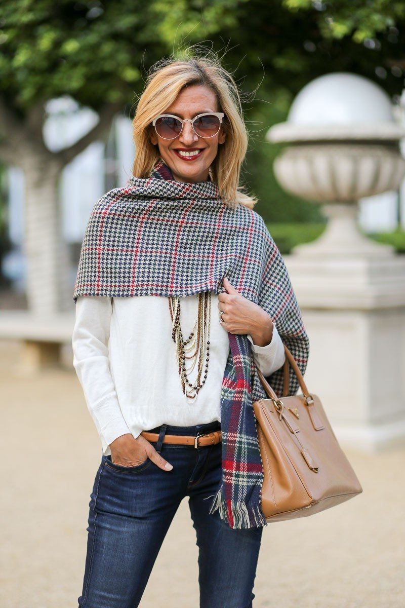 Jacket-Society-Our_new_Reversible_Plaid_And_Hounds_Tooth_Wrap-1110