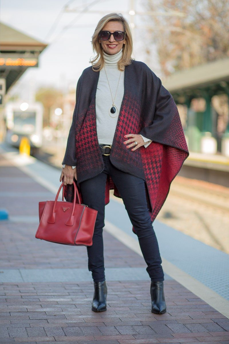 Jacket-Society-Our Reversible Houndstooth And Herringbone Ponchos-2149