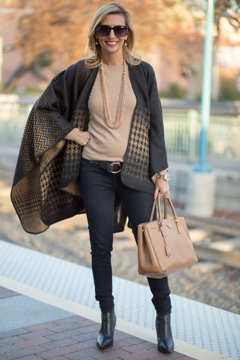 Jacket-Society-Our Reversible Houndstooth And Herringbone Ponchos-2214