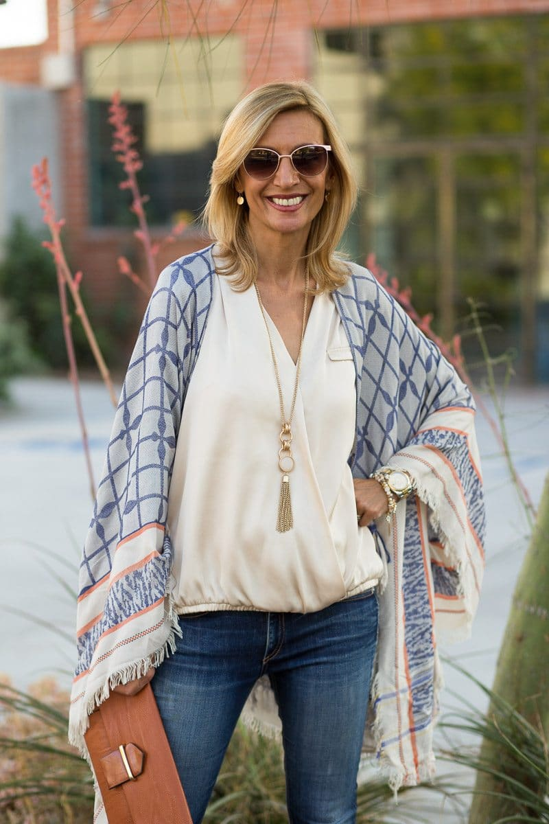 Jacket_Society_Our Spring Boho Print Ponchos And Co-Hosting A Link Up-3729