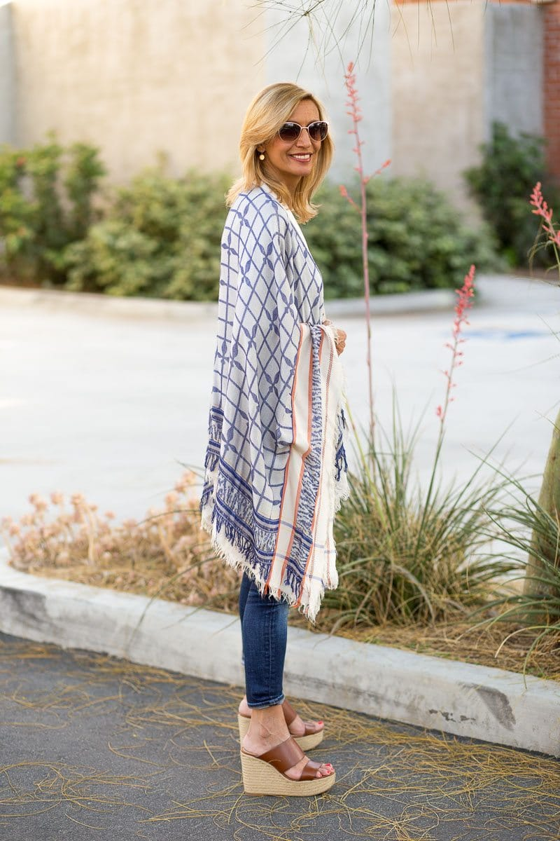Jacket_Society_Our Spring Boho Print Ponchos And Co-Hosting A Link Up-3731