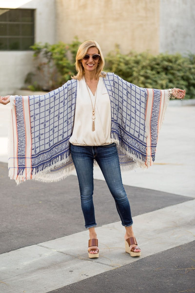 Jacket_Society_Our Spring Boho Print Ponchos And Co-Hosting A Link Up-3735