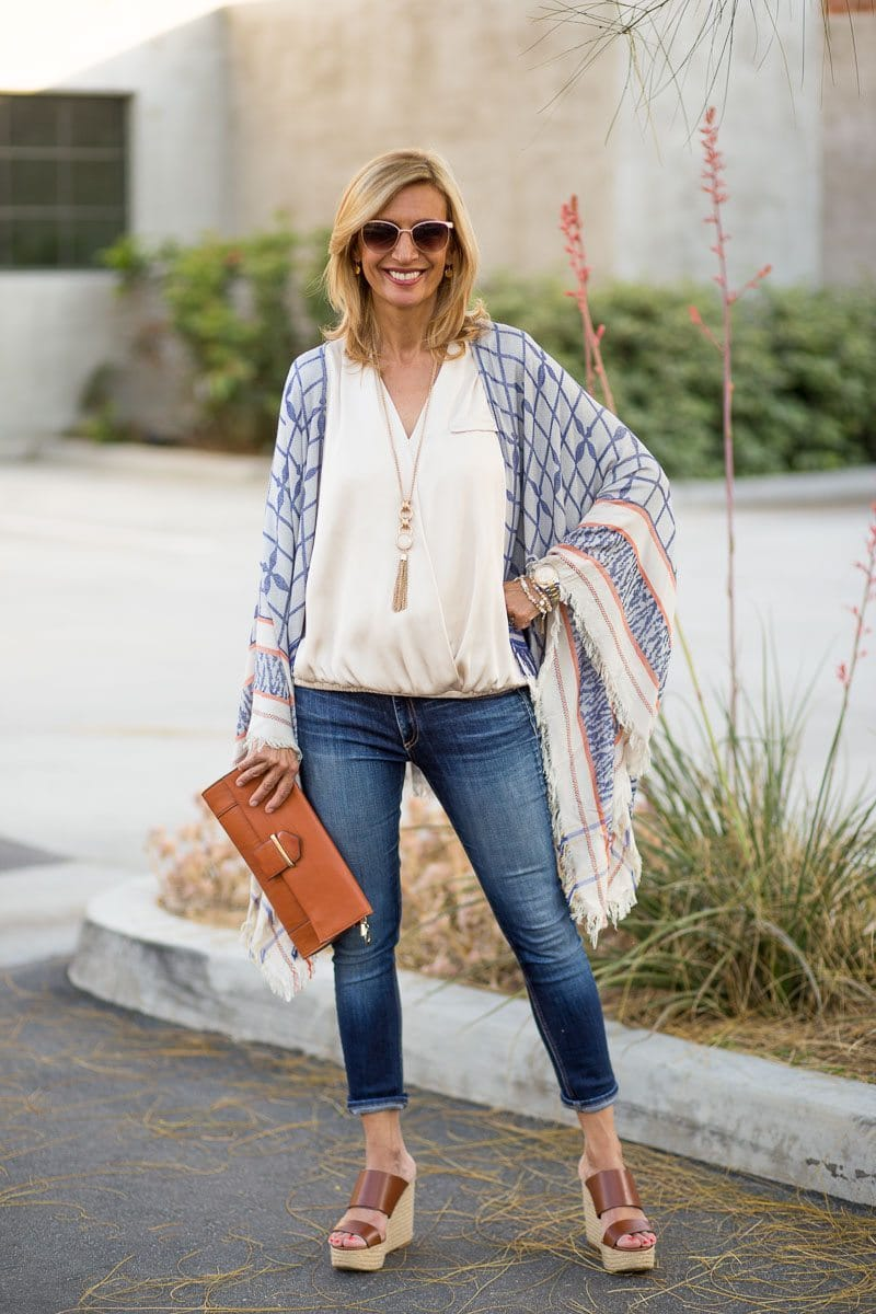 Jacket_Society_Our Spring Boho Print Ponchos And Co-Hosting A Link Up-3739