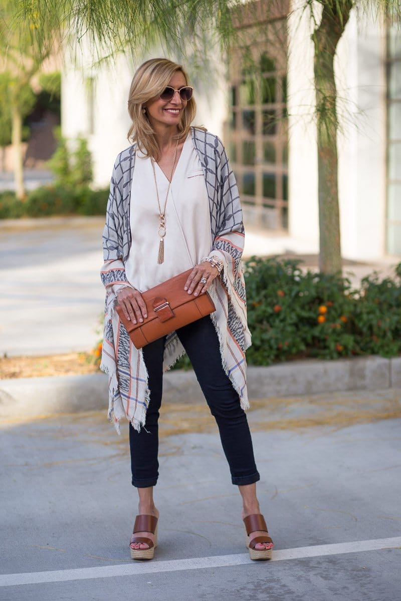 Jacket_Society_Our Spring Boho Print Ponchos And Co-Hosting A Link Up-3756