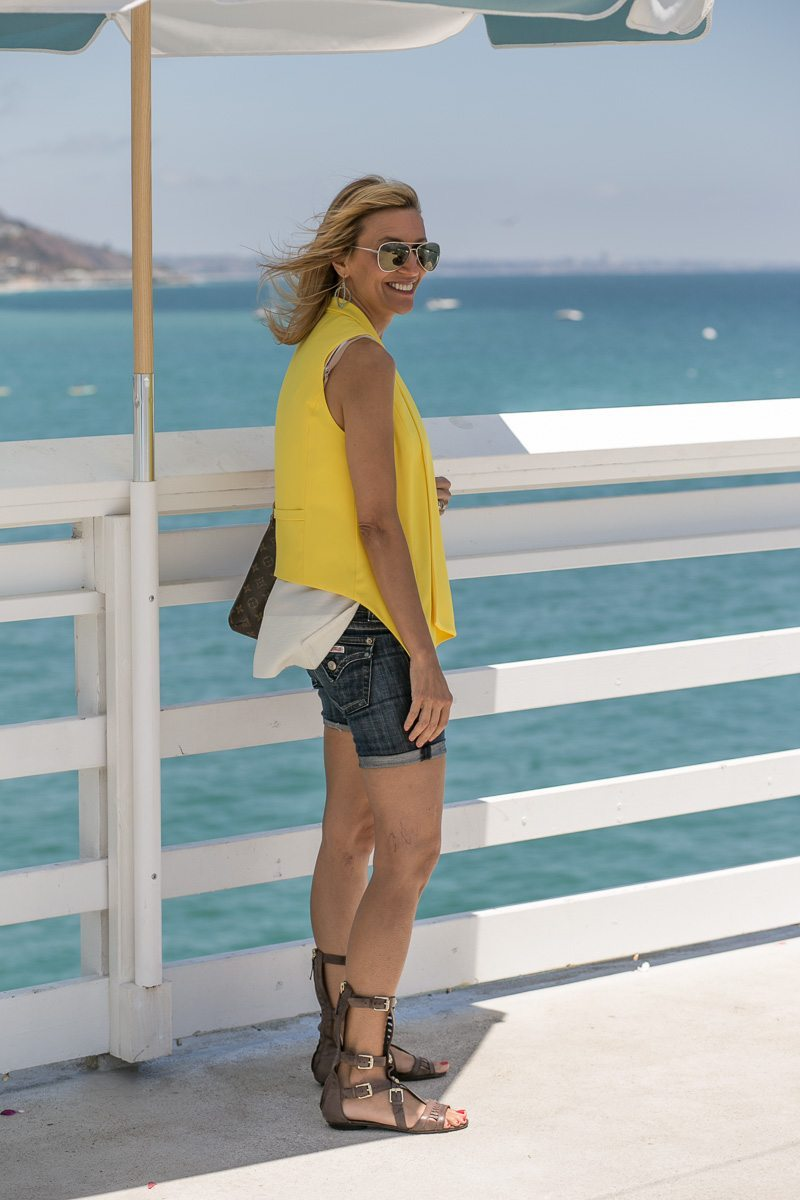Womens-Yellow-Vest-Malibu-Pier-Jacket-Society-5655