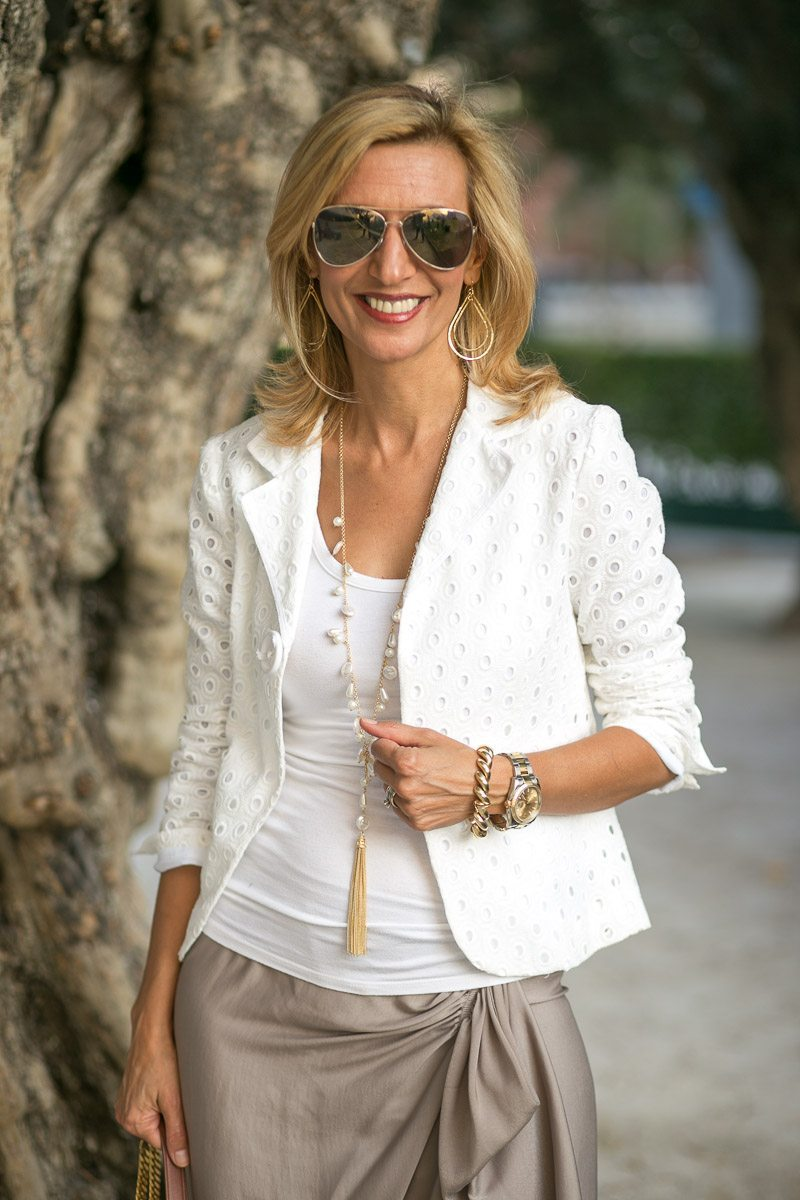 Dinner-date-Wearing-Our-Ivory-Eyelet-Jacket-Jacket-Society-6079