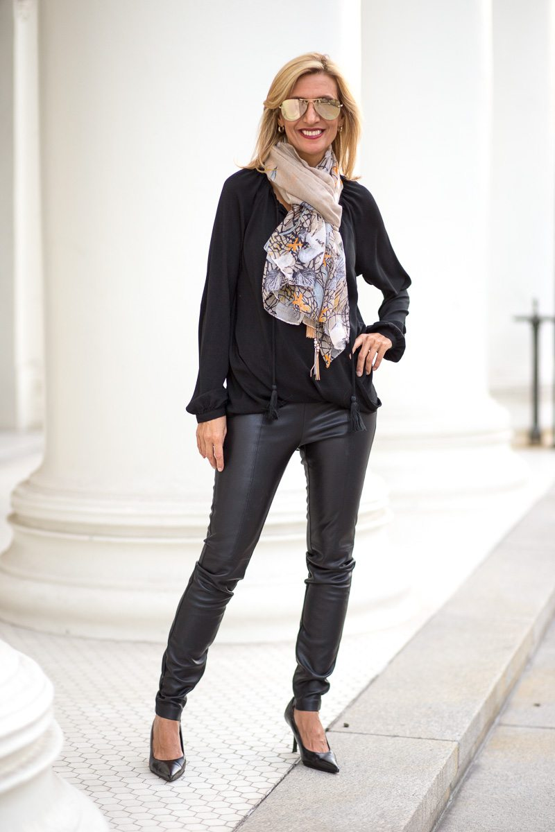 chic-and-easy-holiday-party-look-jacket-society-9811