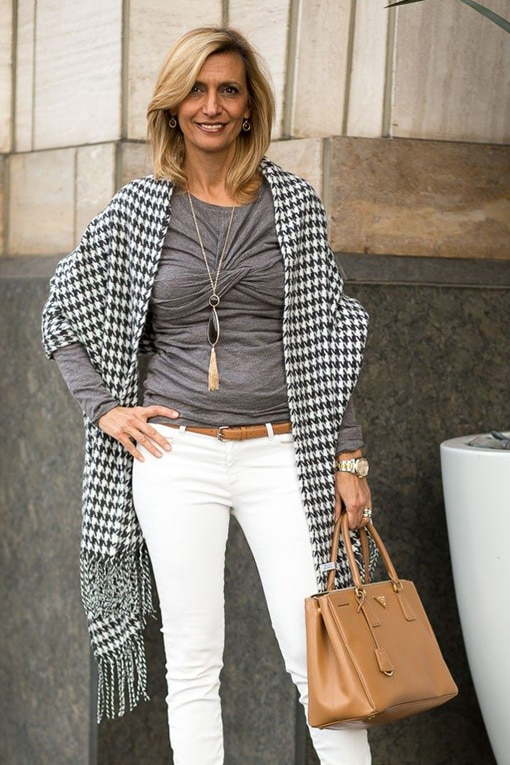 Jacket-Society-Our-New-Charcoal-And-Ivory-Houndstooth-Wrap