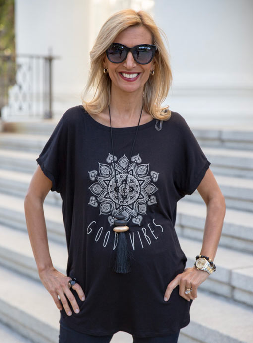 womens black rayon t shirt with good vibes