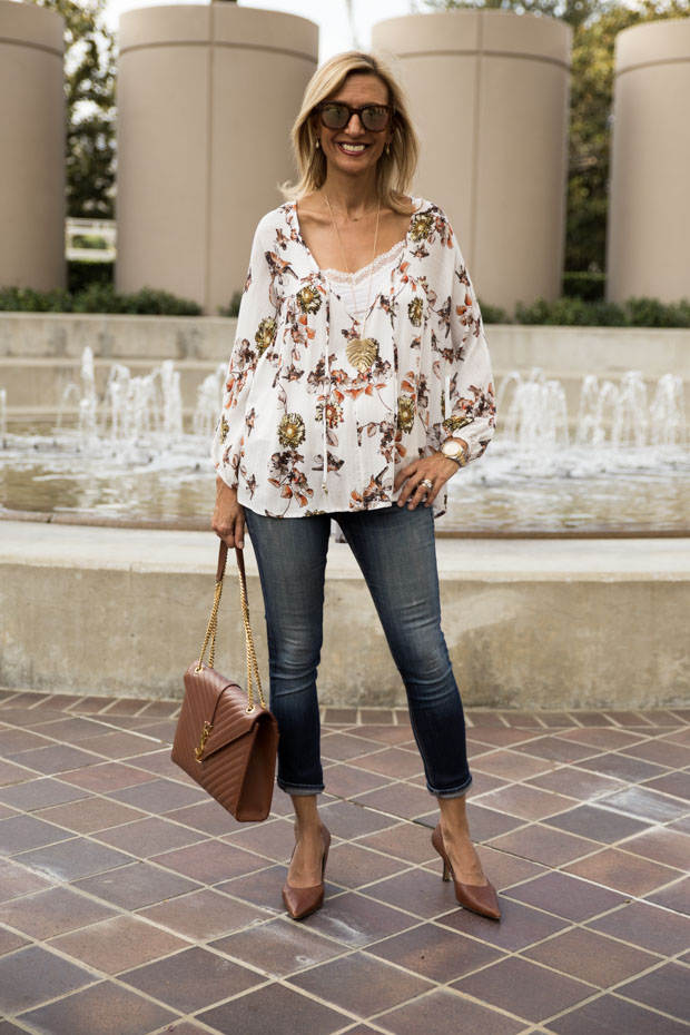 Ivory Print blouse with gold lurex jacket society