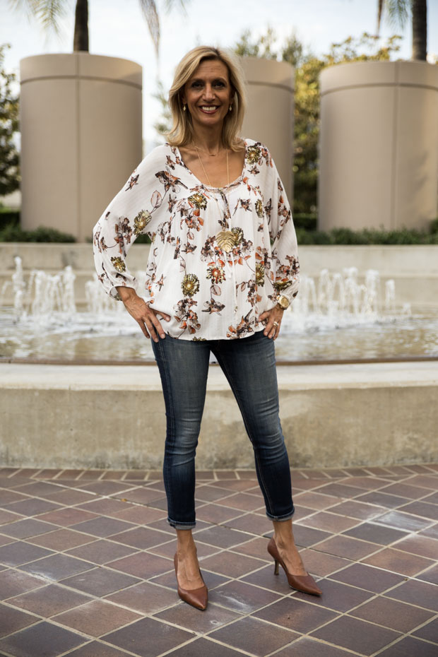 Ivory Print blouse with gold lurex and tie front