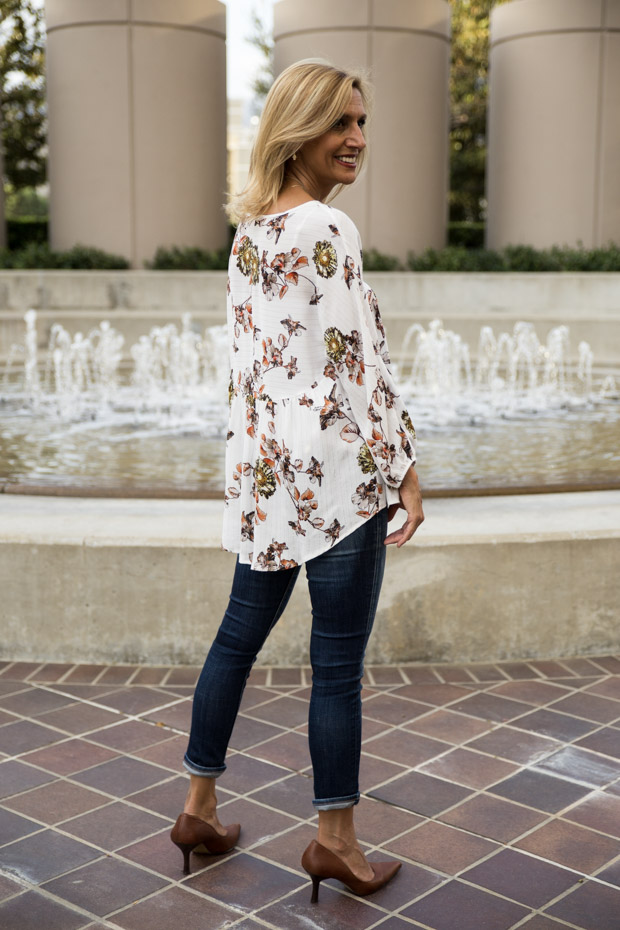 Ivory Print blouse with gold lurex