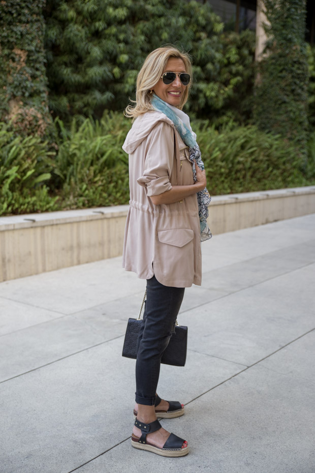 casual look with tan cargo jacket and t shirt