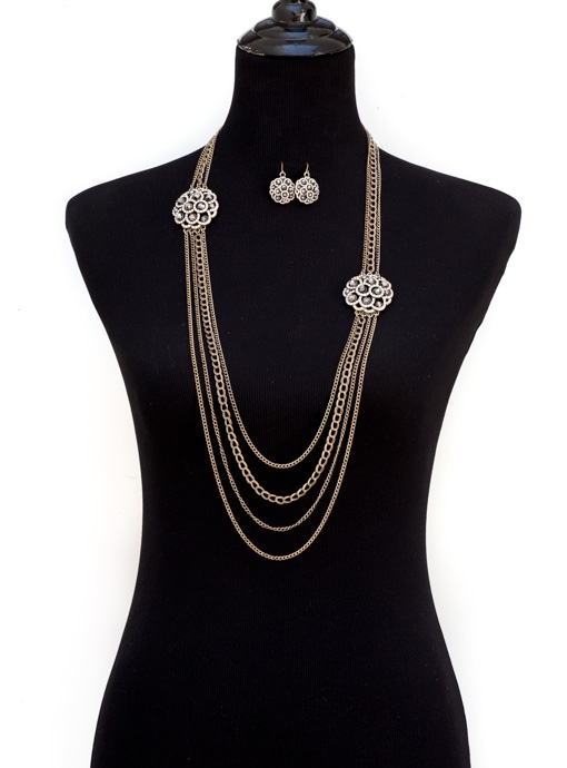 Vintage Inspired Chain Necklace With Rhinestone Pendants And Earring set