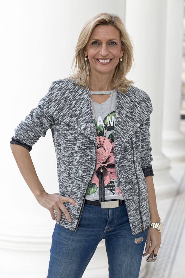 Womens Knit Zip Front Moto Jacket Styled with Heather Gray Graphic T Shirt and Scarf