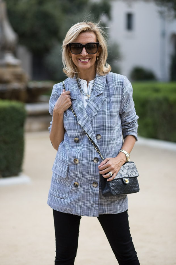 fall trend for women double breasted gray plaid blazer buttoned up