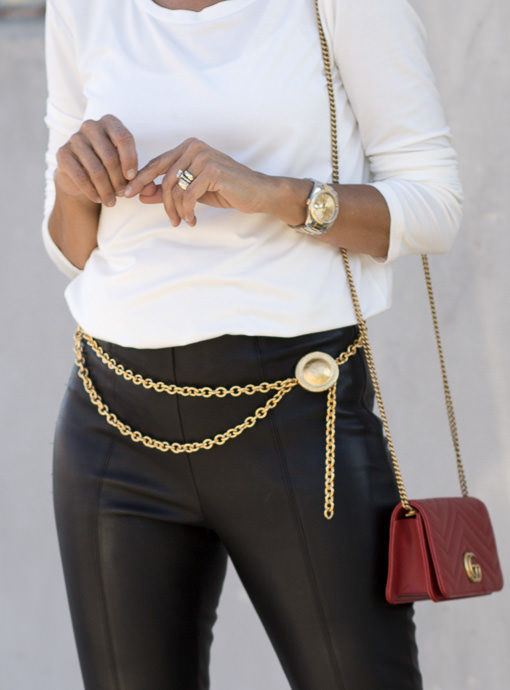 Matte Gold Chain Link Belt With Round Pendant