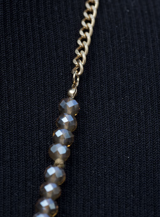 Gray Iridescent  Bead Necklace With Stone Pendant