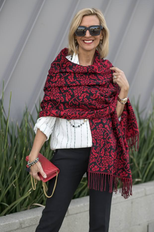 reversible red black jacquard shawl for women