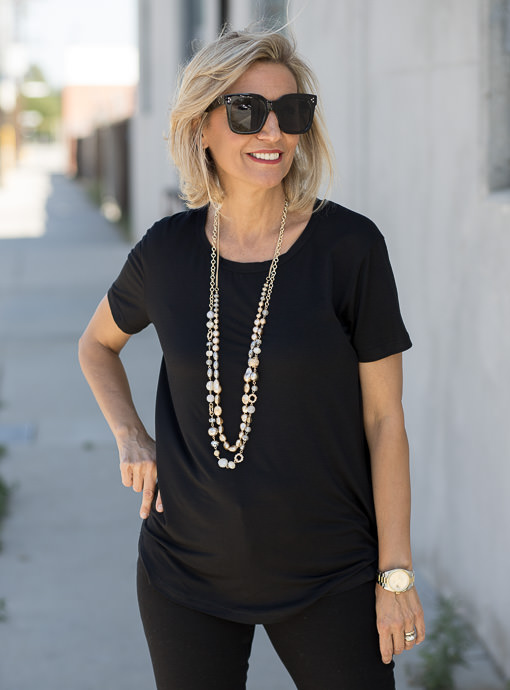 Black Round Neck Short Sleeve Top