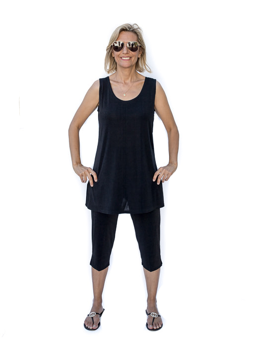 Black Tank And Capri Pant Slinky Knit Set