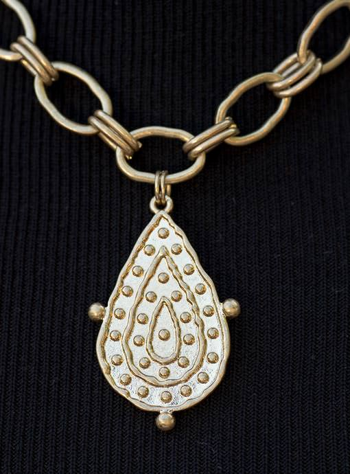 Pearl And Gold Tone Necklace With Pendant